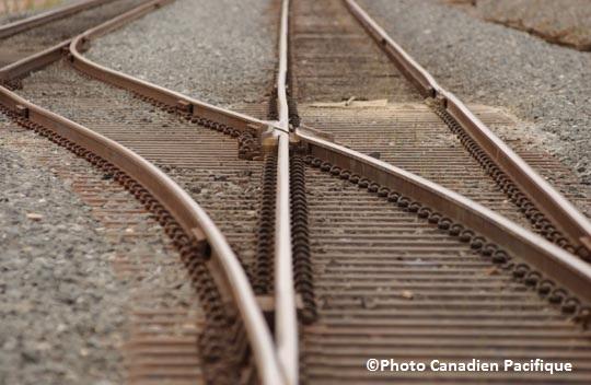 Projet-Terminal-intermodal-Les-Cedres-Train-chemins-de-fer-voies-ferrees-Photo-Canadien-Pacifique