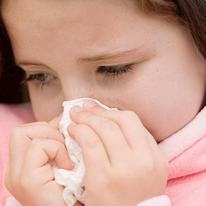 grippe-rhume-vaccination-papier-kleenex-mouchoir-Photo-CPA-publiee-par-INFOSuroit-com_