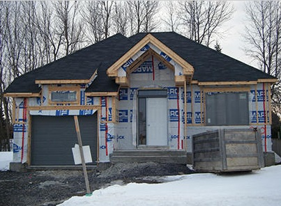https://www.infosuroit.com/wp-content/uploads/2013/01/Chateauguay-construction-residentielle-maison-unifamiliale-Photo-courtoisie-Ville-de-Chateauguay.jpg