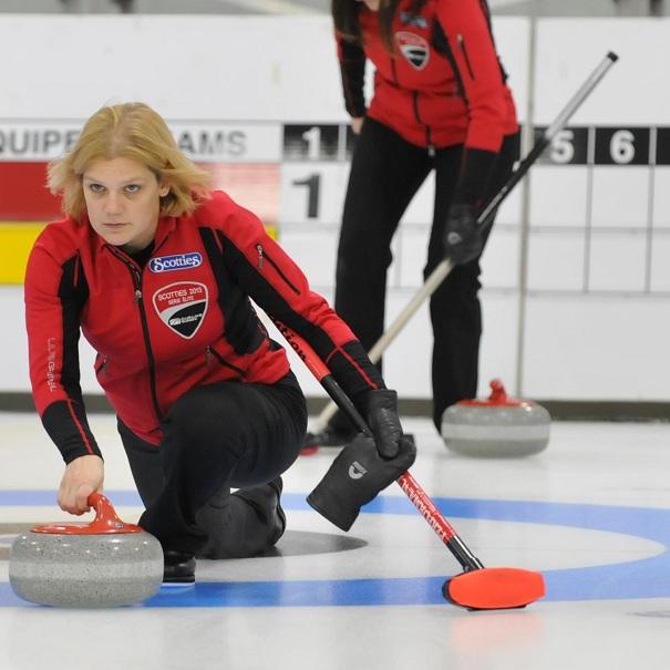 Curling-Allison_Ross-Residente-de-Ste-Martine-au-Championnat-provincial-Scotties-2013