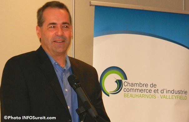 Robert_Lafrance-de-la-SADC-conferencier-Photo-INFOSuroit_com
