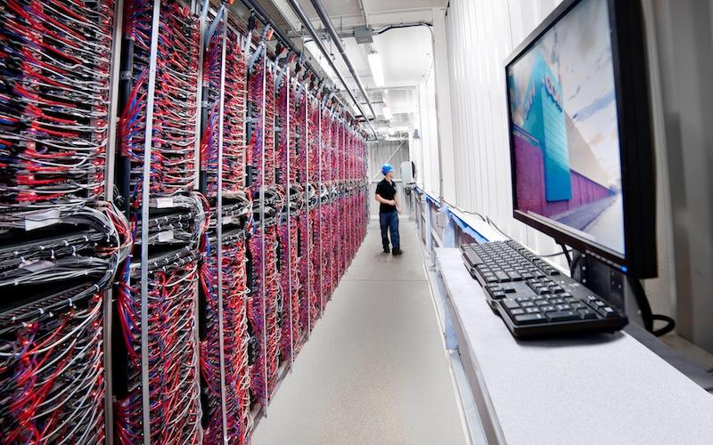 Baies-de-serveurs-du-Datacentre_OVH-Canada-Photo-courtoisie-publiee-par-INFOSuroit_com