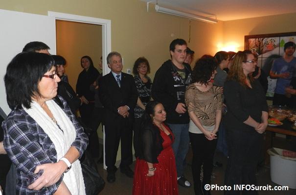 Une-Affaire-de-Famille-agrandissement-inauguration-gens-presents-Photo-INFOSuroit_com