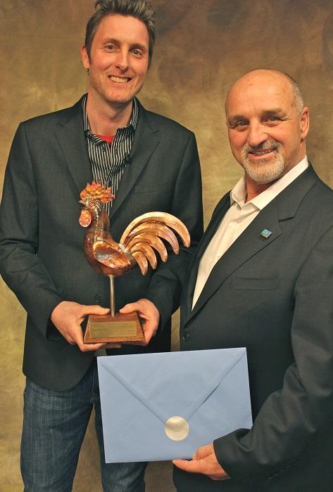 grand-prix-du-tourisme-2013-YGosselin-et-GPilon-Photo-courtoisie-publiee-par-INFOSuroit_com