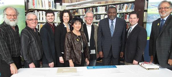 annonce-bibliotheque-Dominique-Julien-Beauharnois-conseil-municipal-architecte-ministre-et-depute-Photo-courtoisie