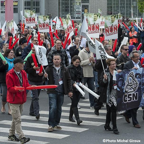 Manifestation-a-Valleyfield-CSN-contre-reforme-assurance-emploi-mai-2013-Photo-Michel_Giroux