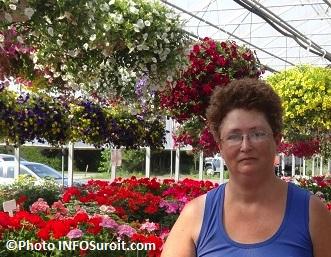 Nicole-Gobeil-des-Freres-Leduc-Fleurs-et-vivaces-Photo-INFOSuroit_com
