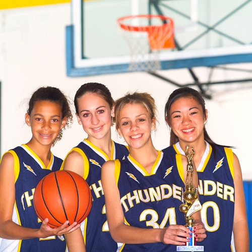 reussite-educative-basketball-championne-Photo-CPA-publiee-par-INFOSuroit_com