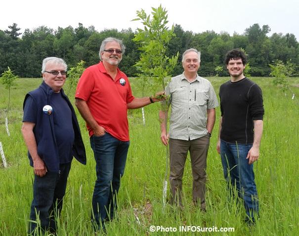 Beauharnois-plantation-arbres-G_Dagenais-C_Haineault-J_Laberge-et-G_Levesque-Sauve-Photo-INFOSuroit