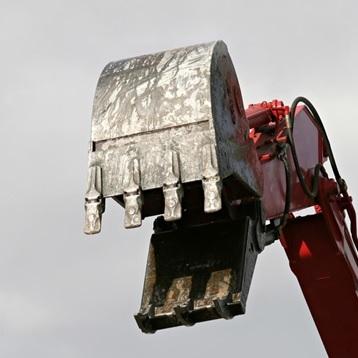Excavation-machinerie-pelle-mecanique-travaux-Photo-CPA-publiee-par-INFOSuroit_com