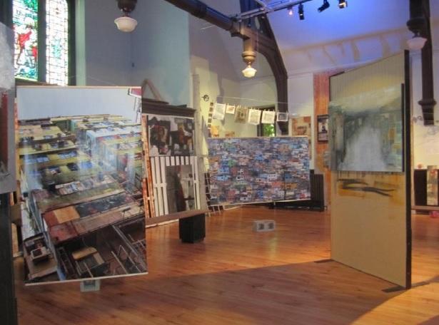 Exposition-rencontre-Les-Favelas-Evangeline_Methot-2012-MUSO-photo-courtoisie-publiee-par-INFOSuroit