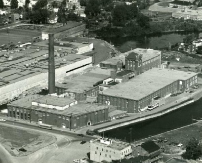 Recherche-objets-usine-Montreal-Cotton-exposition-MUSO-photo-courtoisie-publiee-par-INFOSuroit