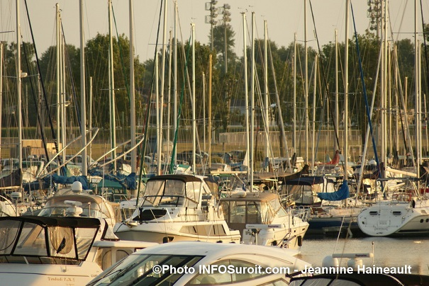 Marina-Valleyfield-voiliers-bateaux-Photo-INFOSuroit_com-Jeannine_Haineault