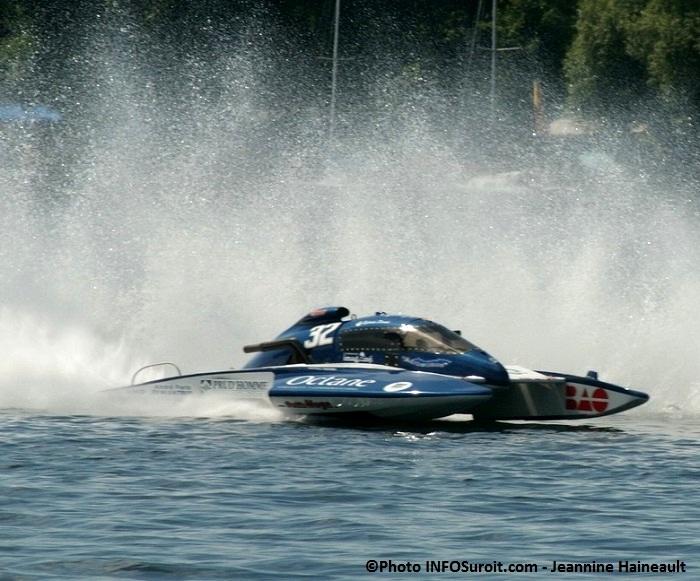 Regates-Valleyfield-hydroplane-course-Hydro-350-H32-Sylvain_Dorais-Photo-INFOSuroit_com-Jeannine_Haineault