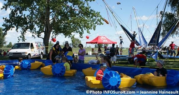 BeauVENTois-bateaux-enfants-et-trampoline-Photo-INFOSuroit-com_Jeannine-Haineault