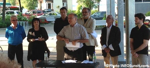 Conseiller-Bruno_Tremblay-avec-les-elus-de-Beauharnois-a-la-Place-du-Marche-Photo-INFOSuroit_com