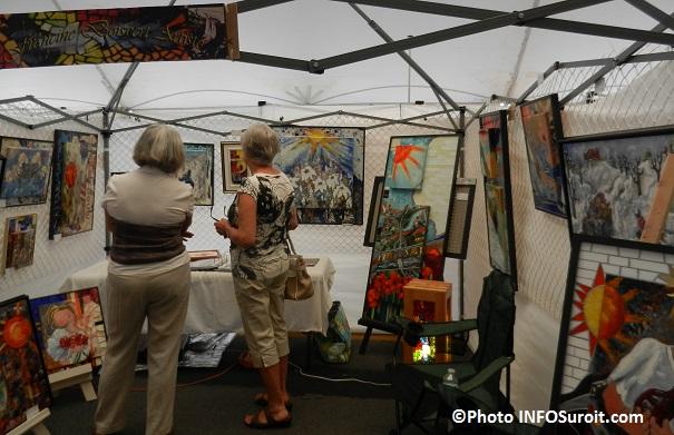 Festival-des-Arts-kiosque-Francine_Boisvert-artiste-peintre-Photo-INFOSuroit_com