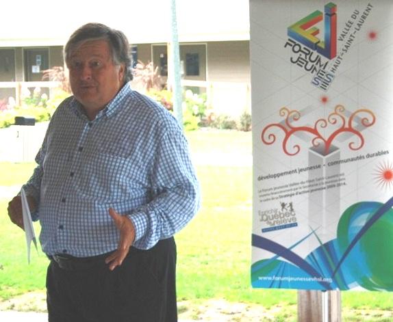 Forum-Jeunesse-Batis-ta-region-maire-Denis_Lapointe-Photo-courtoisie-publiee-par-INFOSuroit