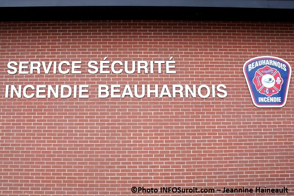 Service-securite-incendie-caserne-pompiers-Beauharnois-Photo-INFOSuroit_com-Jeannine_Haineault