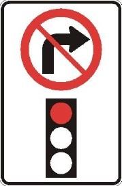 Signalisation-Panneau-Interdiction-de-tourner-a-droite-au-feu-rouge