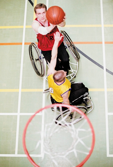 basketball-en-fauteuil-roulant-personnes-handicapees-Photo-CPA