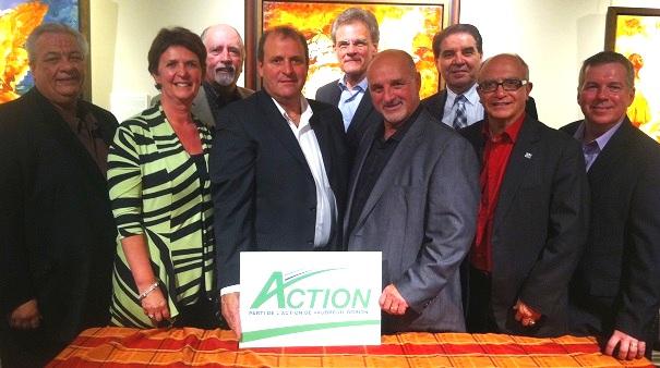 le-maire-Guy_Pilon-entoure-des-candidats-du-Parti-Action-Vaudreuil-Dorion-Photo-courtoisie