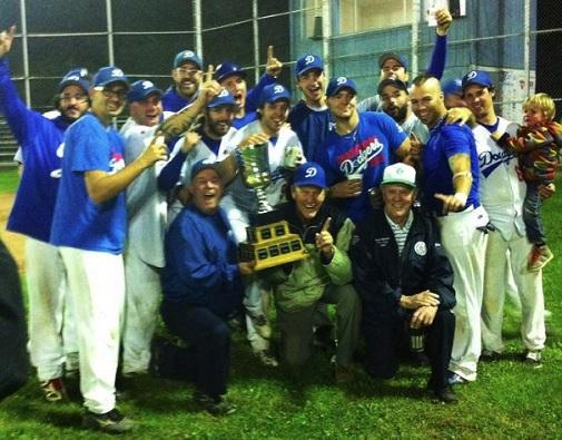 Dodgers-de-Valleyfield-Champions 2013-Ligue-de--Baseball-Senior-Ron-Piche-Photo-courtoisie-Dodgers-de-Valleyfield