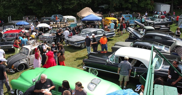 Hot-Rod-and-Kustom-Rumble-2013-a-Rigaud-Photo-Facebook-Hot-Rod-ans-Kustom-Rumble-pour-Fondation-Hopital-du-Suroit