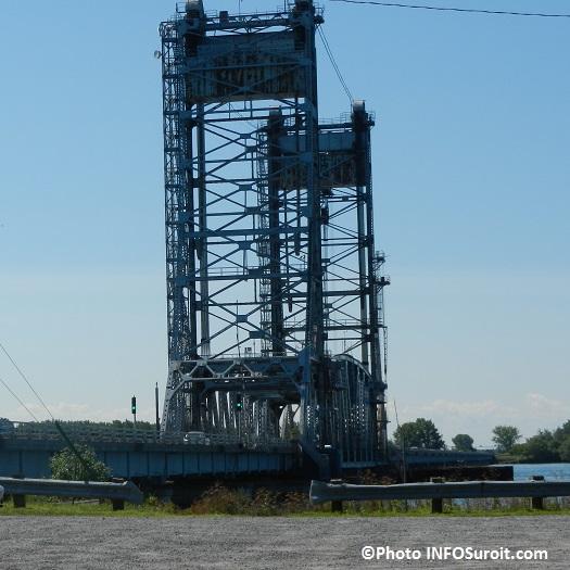 Pont-Larocque-pont-levis-entre-Valleyfield-et-St-Stanislas-de-Kostka-Photo-INFOSuroit_com