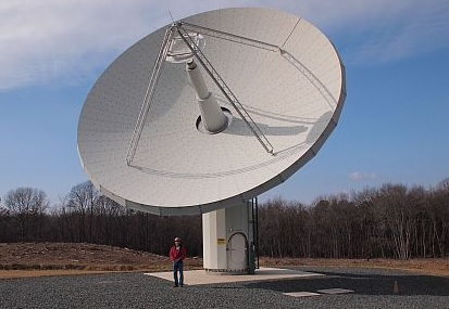 Radio-telescope-antenne-InterTronic-Antennas-entreprise-Vaudreuil_Dorion-contrat-photo-courtoisie-publiee-par-INFOSuroit_com