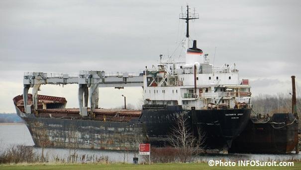 epave-cargo-Katrhryn-Spirit-lac-St-Louis-Beauharnois-decembre-2012-Photo-INFOSuroit_com