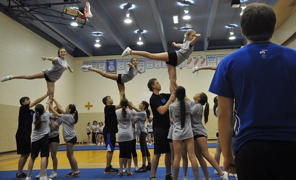 560-etudiants-athletes-en-stage-cheerleading-a-Chateauguay-Photo-courtoisie-RSEQ-Monteregie
