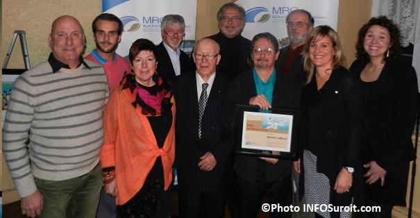 C_Haineault-membres-du-Conbseil-de-la-culture-de-la-MRC-avec-Stanislas-Dorais-et-le-laureat-Marcel_Labelle-Photo-INFOSuroit_com