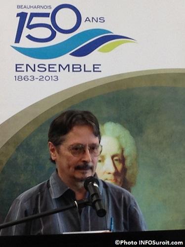 Marcel-Labelle-auteur-historien-au-Centre-hebergement-Cecile-Godin-Photo-INFOSuroit_com