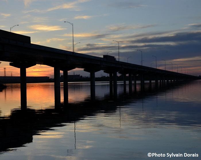 Pont-Serge-Marcil-Autoroute-30-Photo-Sylvain-Dorais-Vers d-autres-horizons-Concours-photos-MRC