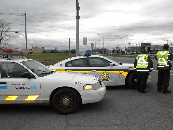 Presence-policiere-accrue-sur-boulevard-MGR_Langlois-photo-courtoisie-publiee-par-INFOSuroit