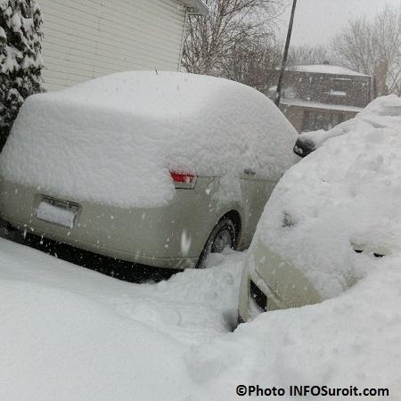 hiver-tempete-neige-vehicule-enseveli-Photo-INFOSuroit