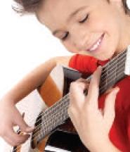 Initiation-guitare-programmation-culturelle-et-sportive-Chateauguay-photo-courtoisie-publiee-par-INFOSuroit_com