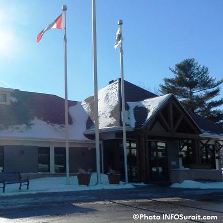 Hotel-de-ville-de-Coteau-du-Lac-hiver-Photo_INFOSuroit_com