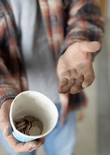 Lutte-pauvrete-exclusion-sociale-soutien-CRE-Vallee-du-Haut-Saint-Laurent-image-CPA-publiee-par-INFOSuroit_com