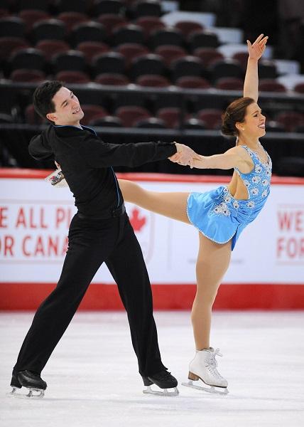 Maxime_Deschamps-et-Vanessa_Grenier-Junior_Couple-championnats-nationaux-patinage-artistique-medaille-or-photo-Patinage_Canada