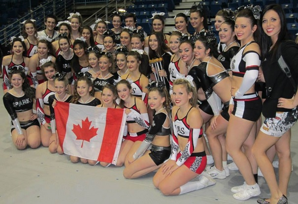 CampiAgile-New-Black-Crew-Sparks-cheerleading-au-Nouveau-Brunswick-Photo-courtoisie