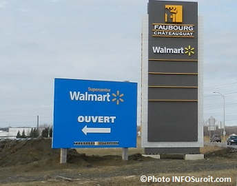 Faubourg-Chateauguay-Walmart-Supercentre-enseigne-Photo-INFOSuroit_com