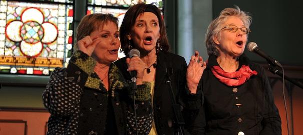 Trio-La_Marie_conteuse-spectacle-Maison_LePailleur-photo-courtoisie-publiee-par-INFOSuroit_com
