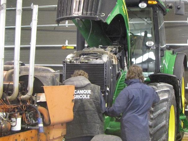 Centre-des-Moissons-formation-professionnelle-Mecanique-agricole-Photo-courtoisie-publiee-par-INFOSuroit