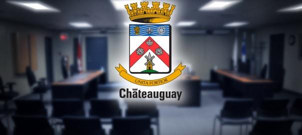 Armoiries de Chateauguay et salle du conseil municipal-Photo Division des communications