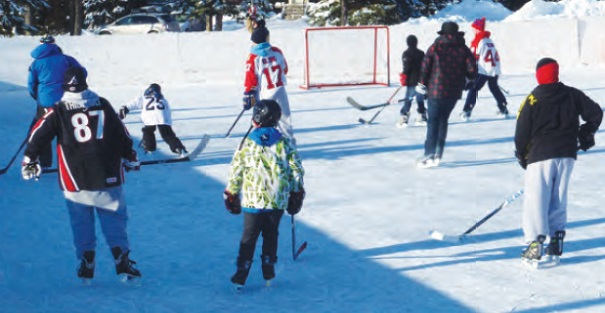 Chateauguay-patinoire-exterieure-hockey-Photo-courtoisie-Ville-de-Chateauguay