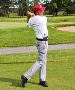 Cours-de-golf-avec-pro-Serge-Bernier-Photo-courtoisie-Centre-Multisports-pour-INFOSuroit