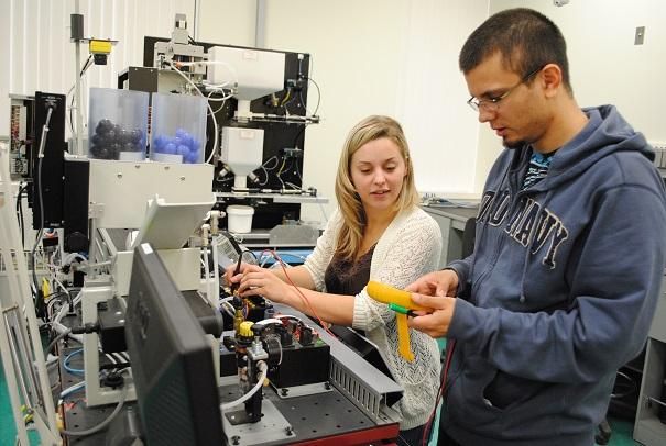 College-de-Valleyfield-Technologie-Electronique-Industrielle-Photo-courtoisie-publiee-par-INFOSuroit_com