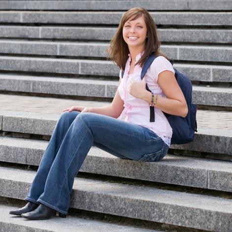 Offres-emplois-etudiant-Valleyfield-image-CPA-publiee-par-INFOSuroit_com